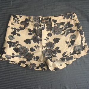 Floral Jean Shorts Forever 21 Size 28